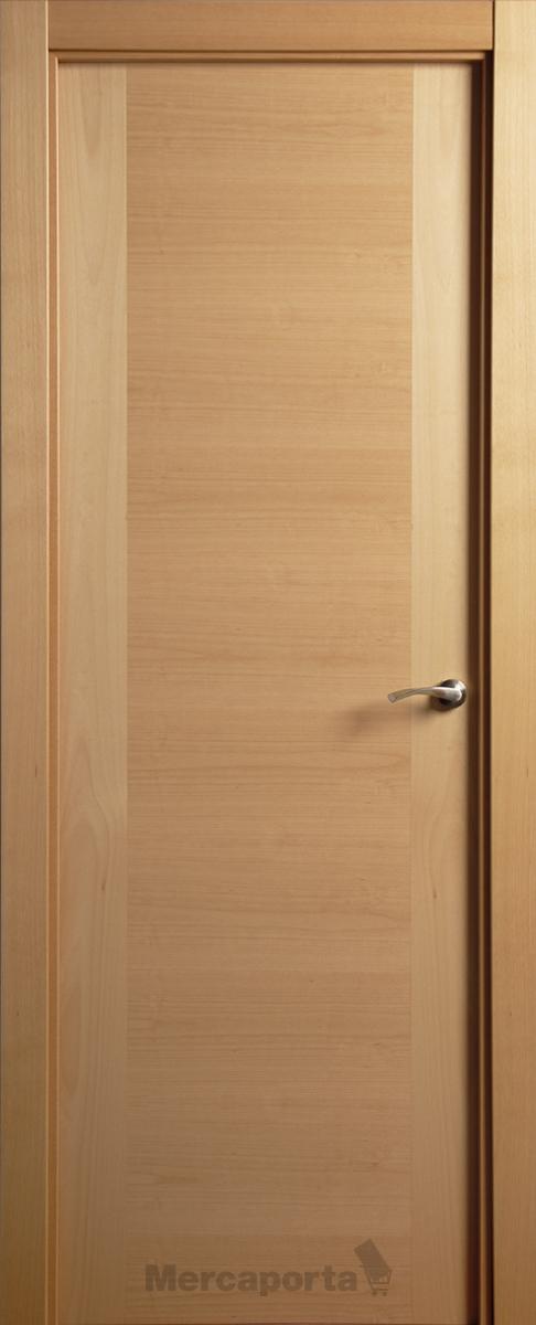 Puerta montante al hilo haya vaporizada mercaporta for Puertas de madera exterior de segunda mano